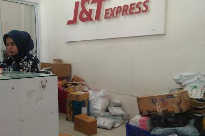 J&T Express jalan Setia Budi Pekanbaru