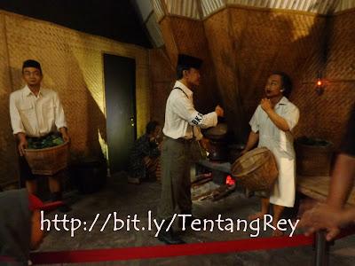 Biorama tentang dapur umum Bu Dar yang meng support makanan pejuang di surabaya