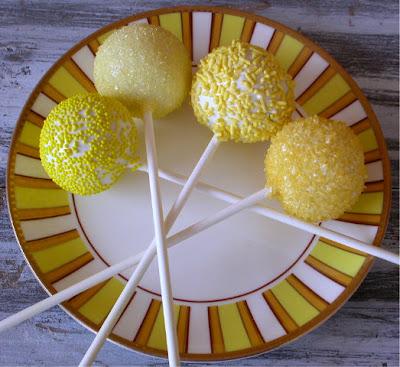 Weddingzilla: Lemon Wedding Theme JUICY Summer Wedding Ideas!