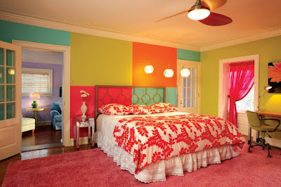 Cool-and-Charming-Master-Bedroom-Design-for-Teenage-Girls-with-Computer-Desk-and-Chair-also-Colorful-Wall-Paint-and-Pink-Area-Rugs
