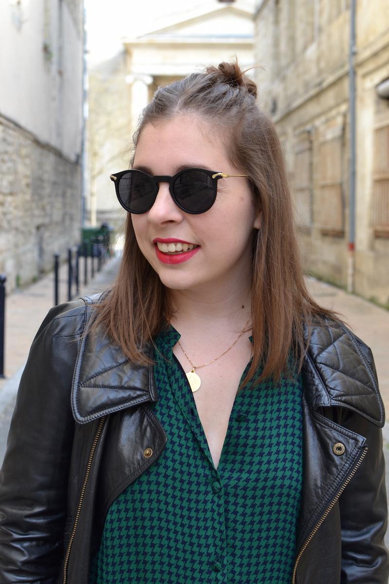 robe verte American Vintage, perfecto noir Isabel Marant, lunette de soleil Asos
