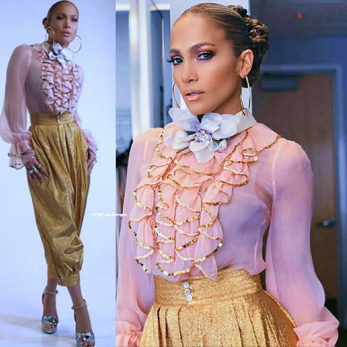 100 Hottest Photos of Jennifer Lopez proves that she is the Sensational Beauty in Hollywood