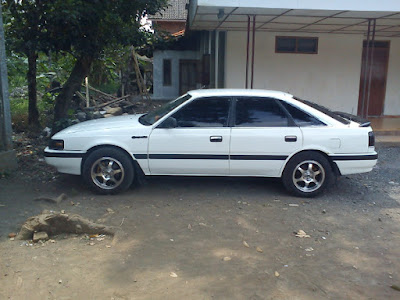 Mazda 626 Capella samping