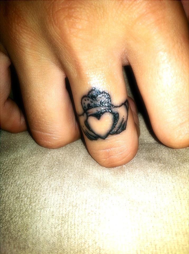 tatuajes de claddagh