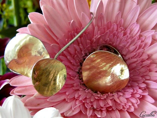 Pulsera y anillo de la colección Petal de Tous