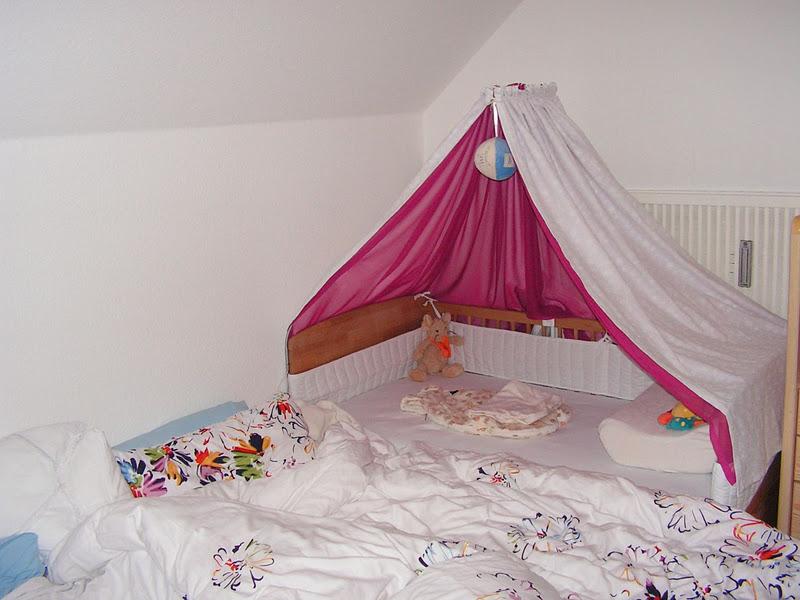 schnabelinas welt mal wieder ein betthimmel. Black Bedroom Furniture Sets. Home Design Ideas