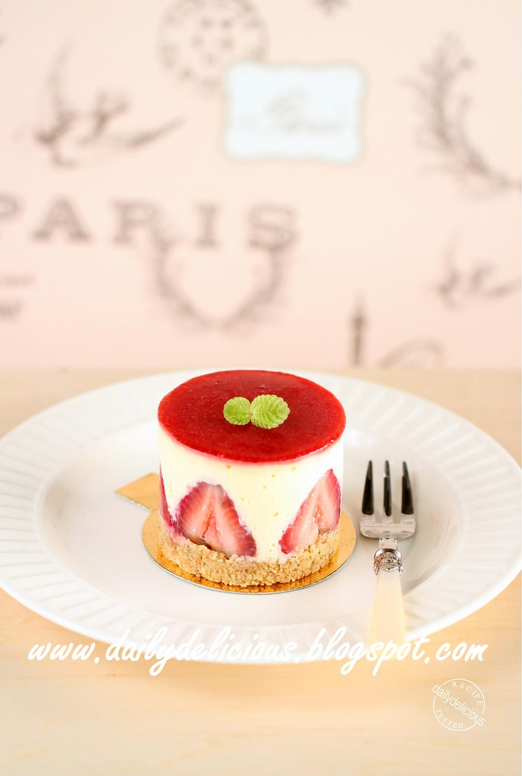 Dailydelicious Strawberry And White Chocolate Cheesecake Cute Little Cake