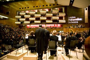 : The London Philharmonic Orchestra in the Royal Festival Hall (Photo © Benjamin Ealovega)