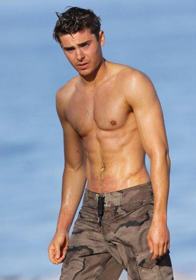 Hot Men Pics 22