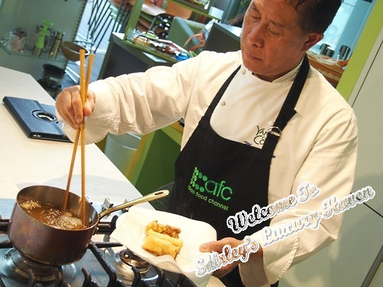Tropical fruit rolls recipe by martin yan asian food channel martin yan cooking demo forumfinder Image collections