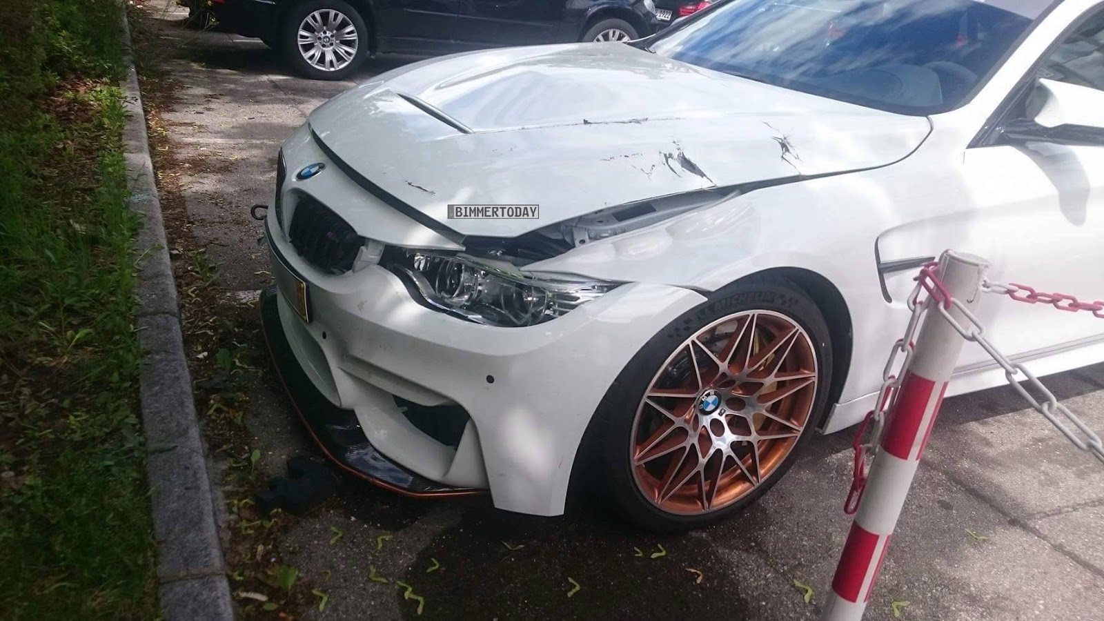 bmw m4 gts spotted with crash damage in germany. Black Bedroom Furniture Sets. Home Design Ideas