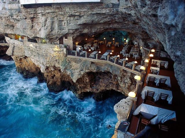 Grotta Palazzese, Polignano a Mare, Italia
