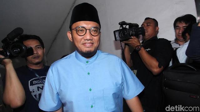 Erick Thohir 'Terpaksa' Ofensif, Dahnil Singgung Narasi Uneducated