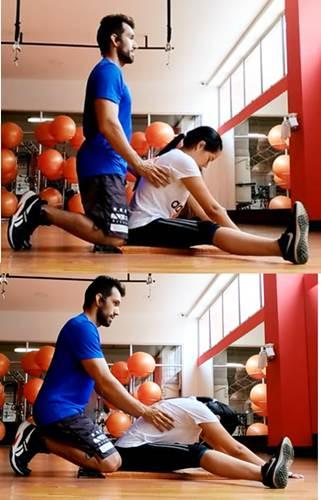 Ejercicio de estiramiento para relajar los músculos de la zona lumbar