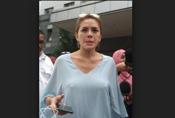 """Nikita Mirzani Bantah Hina Panglima TNI """"Gue Dah Lama Ngak Pakai Twitter"""""""
