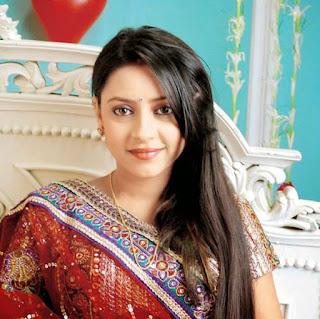 """Pratyusha Banerjee Artis India Pemeran """"Anandhi"""" Tewas Gantung Diri Diapatermennya."""