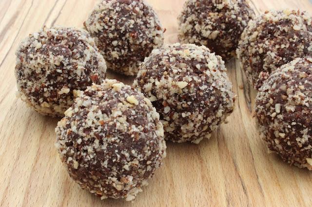 raw Nutella bliss balls