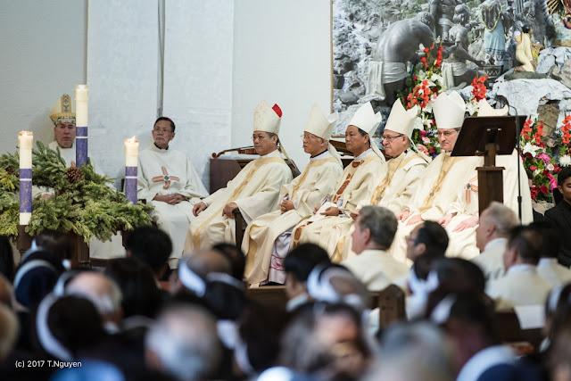 Hình ảnh thánh lễ an táng Đức Cha Dominicô Mai Thanh Lương - Ảnh minh hoạ 14