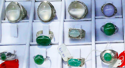 jade silver and white gold rings including lavender cabochon