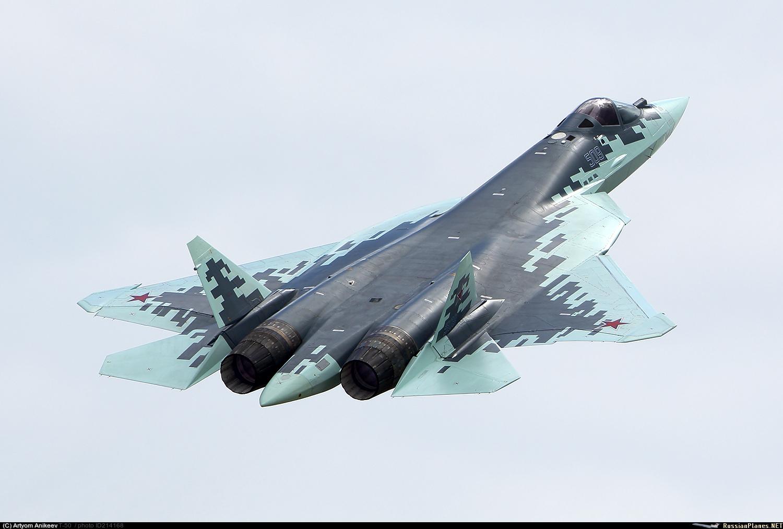 Уникальная съемка полета Су-57