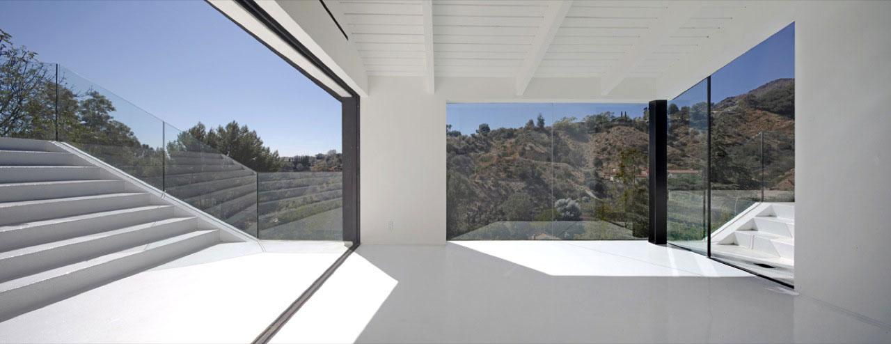Hollywood Hills Modern Architecture  modern design by