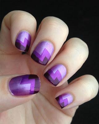 decoracion de uñas morado geometrico