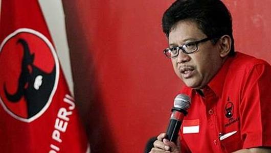 Hasto Penasaran Prabowo-Sandi akan Jadi Diri Sendiri atau Tiru SBY Saat Debat Capres