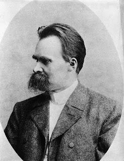 Friedrich Nietzsche - Significado de la locura en la historia de la humanidad
