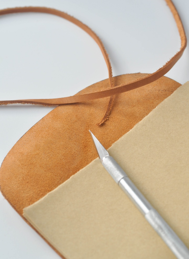 DIY Leather Notebook - How to, part 12