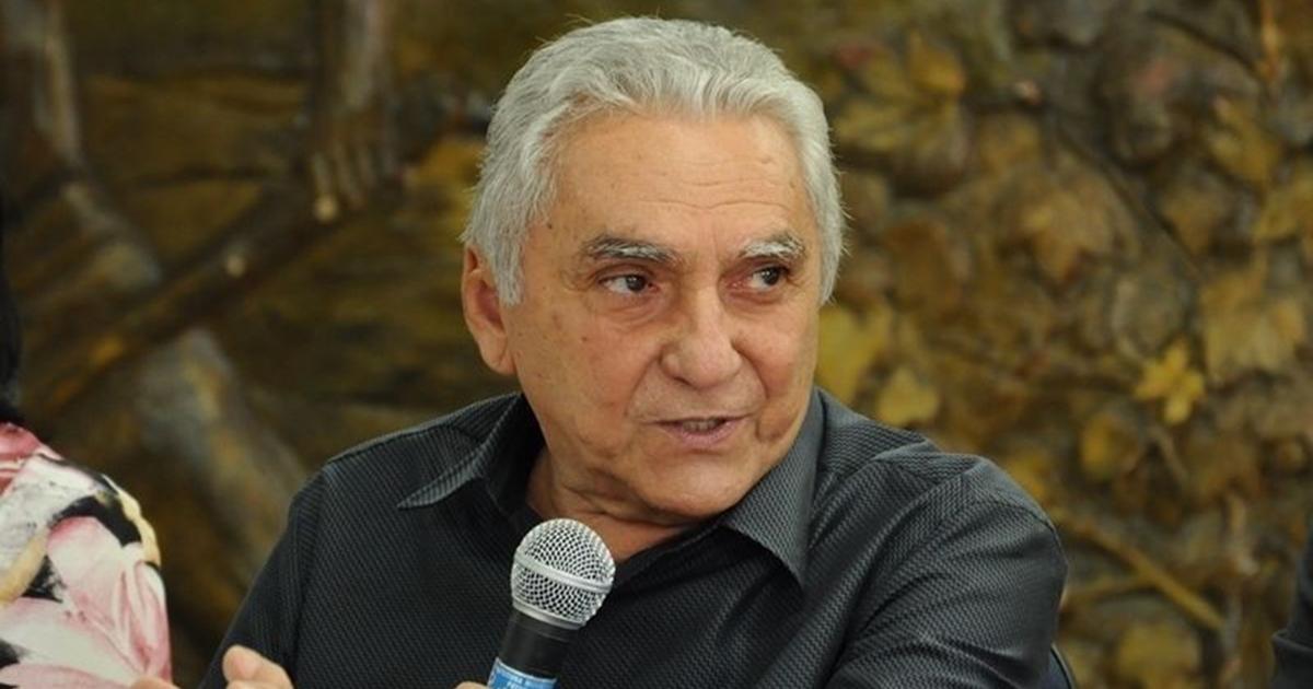 Bonifácio edita decreto e reduz salário de prefeito e secretários por 90 dias
