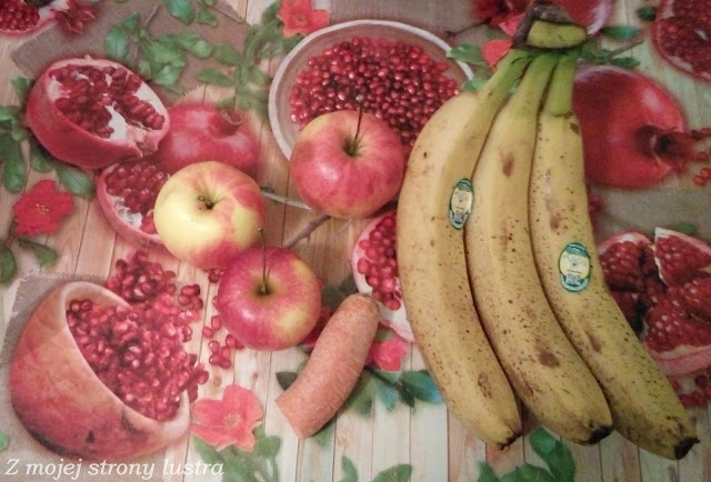 jabłka banany marchewka