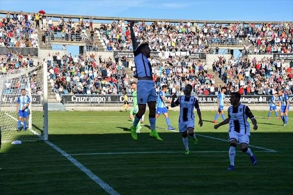 El Badajoz golea al Atlético Malagueño de Sanlúcar (4-0)
