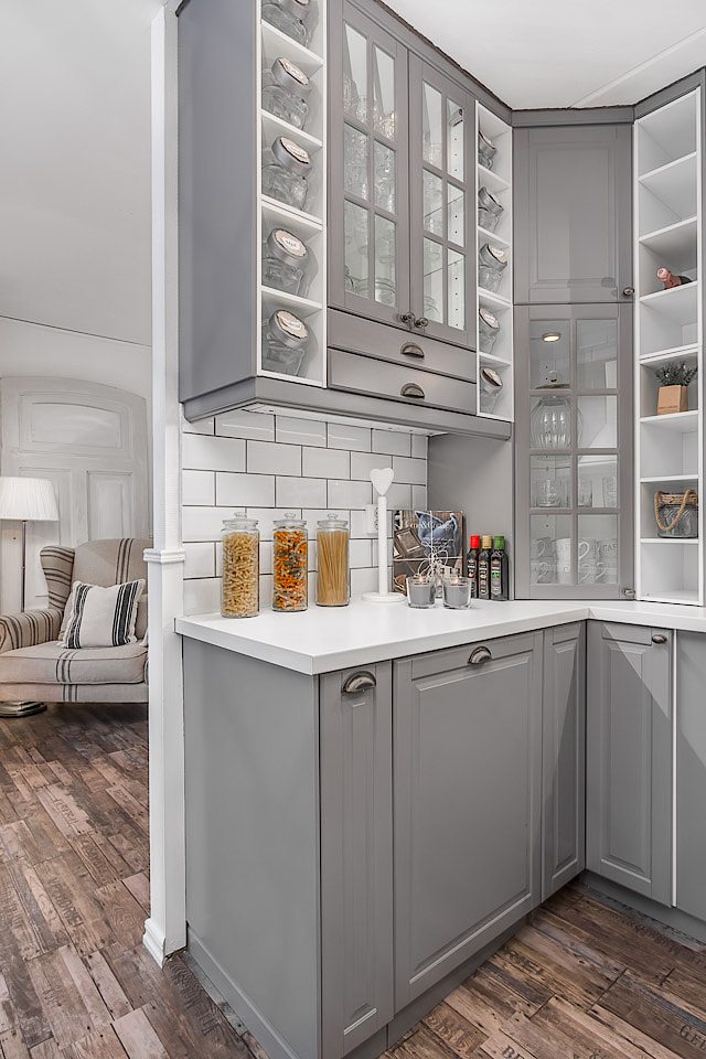 Arredare piccoli spazi una meraviglia shabby chic in 49 for Ikea arredare piccoli spazi