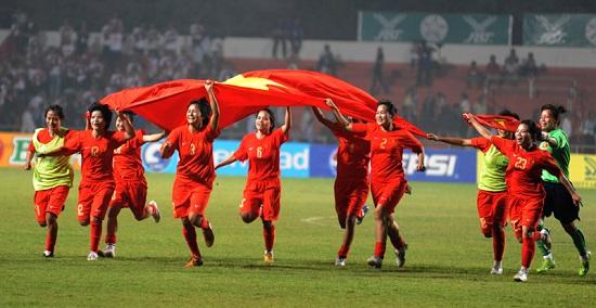 Bóng đá nữ Việt Nam lọt vào bán kết Asian Games 17