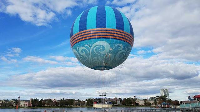 Passeio de balão na Disney Springs em Orlando