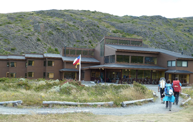 Acampamentos no parque Torres Del Paine