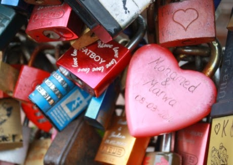 أقفال الحب