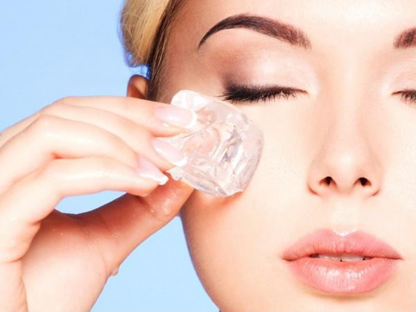Cách chăm sóc da mặt không để lại thâm sau khi nặn mụn - Ảnh 2