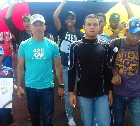 Wilson Castro: Maduro debe retirar la constituyente