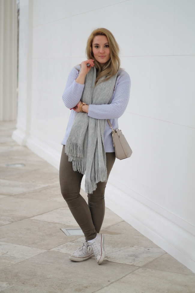 Serenity - Outfit Serenity - Fruehjahr Frueling 2016 - Trendfarben 2016 - Sporty Chic - Lavender Star - Fashionblogger