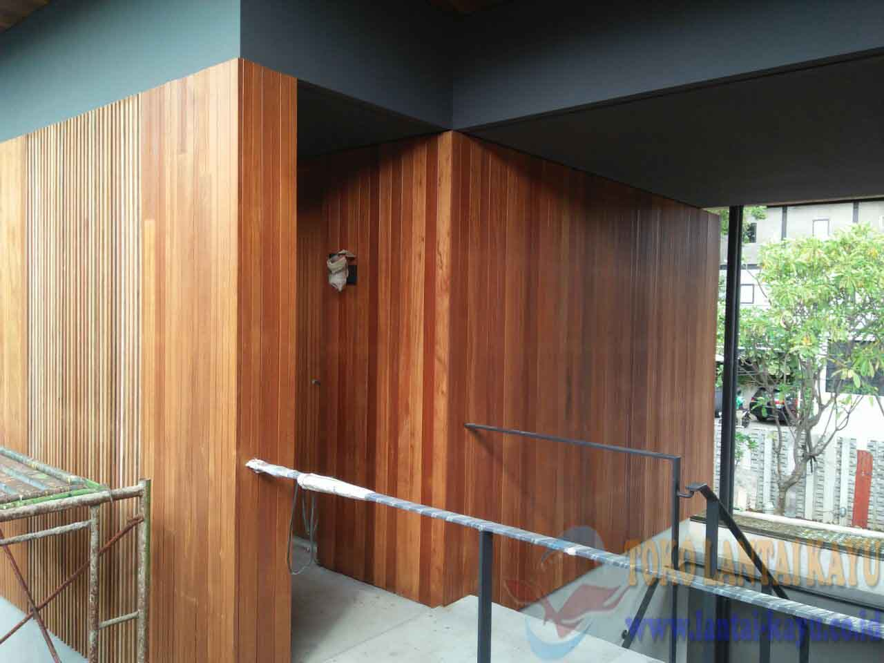 plafon kayu solid