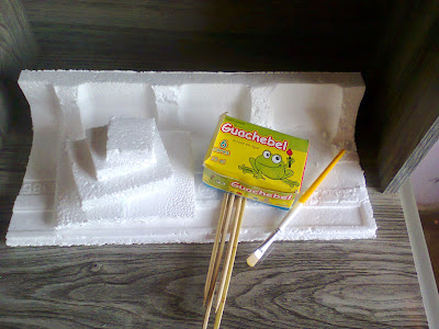 Como Fazer: Geoplano com tampinhas e Torre de Hanoi com recicláveis por Daniela Coelho