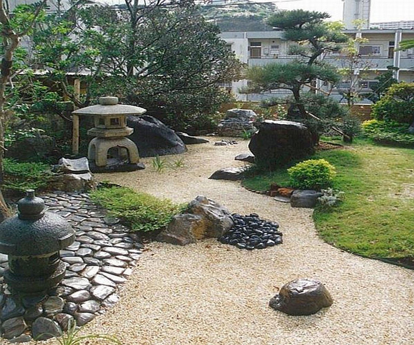 Minimalist home garden ideas halamanku halamanmu for Dry garden designs