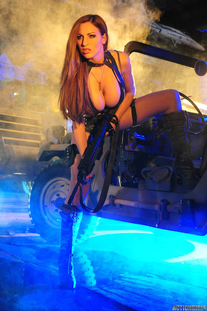 Jordan-Carver-Action-Girl-Photoshoot-Hot-and-Sexy-Pic-22