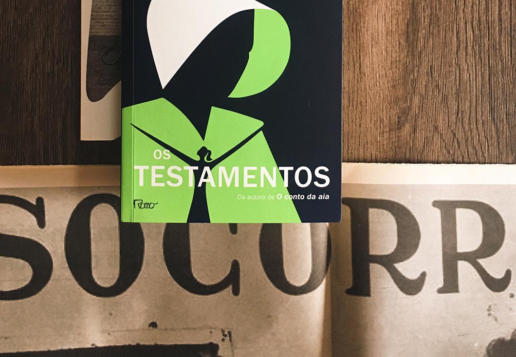 Os Testamentos: sequência de O Conto da Aia é bem digna, mas deslizou em uma personagem... | Resenha