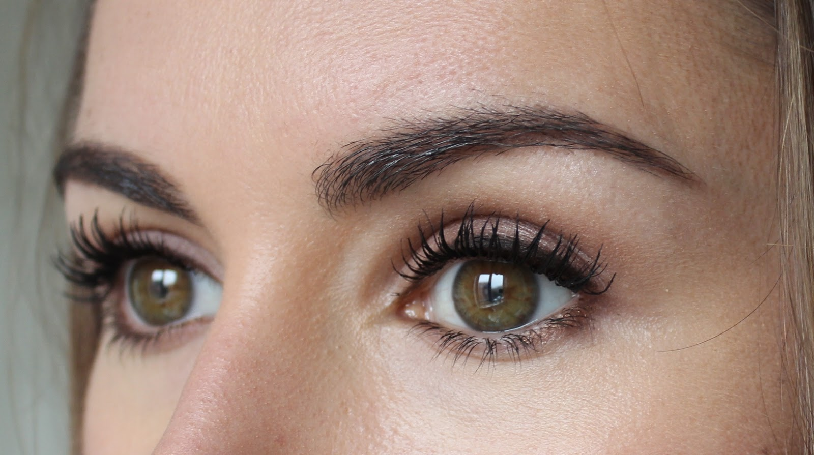 Beauty Amp Le Chic The Ultimate Brow Edit
