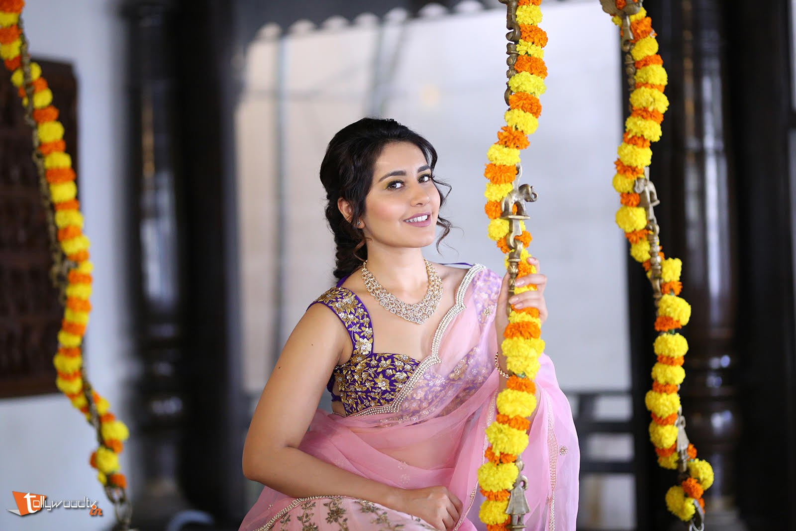 Raashi Khanna Pongal Photoshoot-HQ-Photo-3