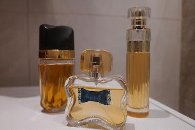 knowing estee lauder, glamour chic bourjois, premiere luxe avon