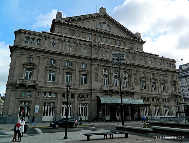 Fachada do Teatro Colón de Buenos Aires