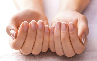 Brittle Nails During Menopause: An Important Information For Every Woman